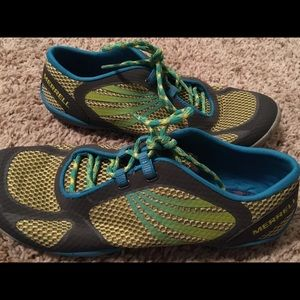 Merrell women's performance footwear size 7.5!!
